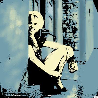 Peekaboo Marilyn